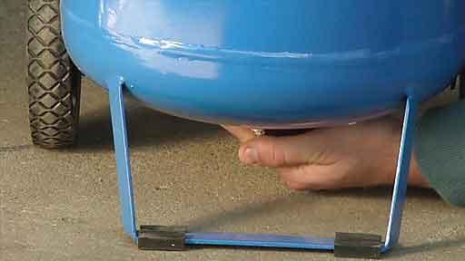 تخلیه آب مخزن کمپرسور